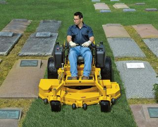 Cutting-grass-in-cemetery-2